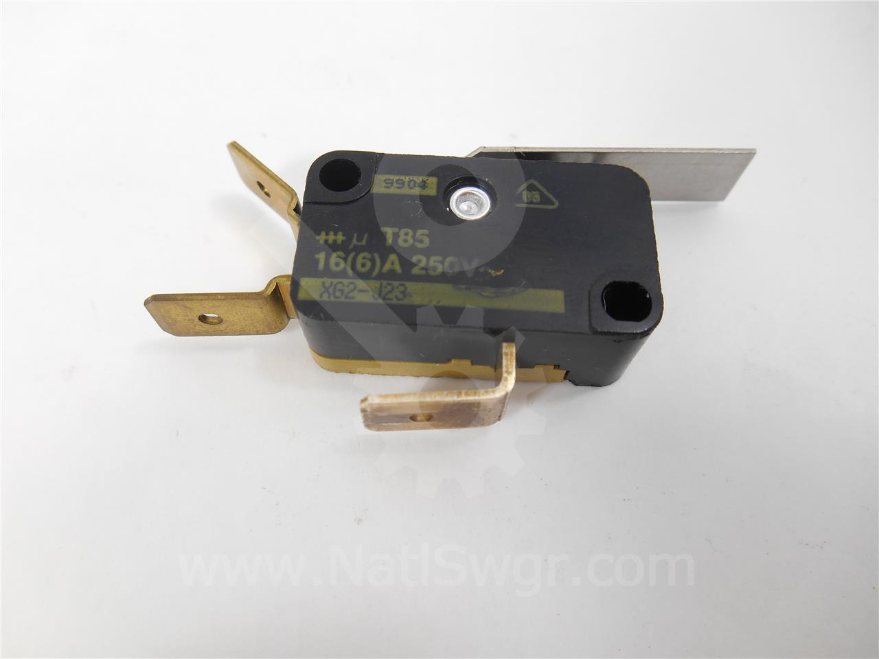 SQD LATCH CHECK SWITCH