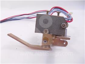 WH AUXILIARY SWITCH ASSEMBLY 2NO/2NC 013-810